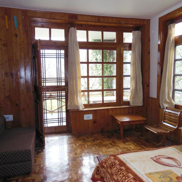 Homestaymanali Two Bedroom Cottage Manali 10