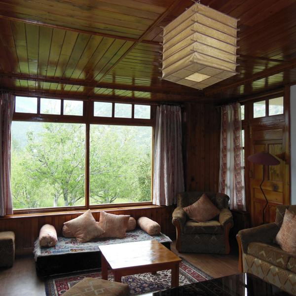Two Bedroom Boutique Holiday Cottage in Manali - Luxury Cottage No.1