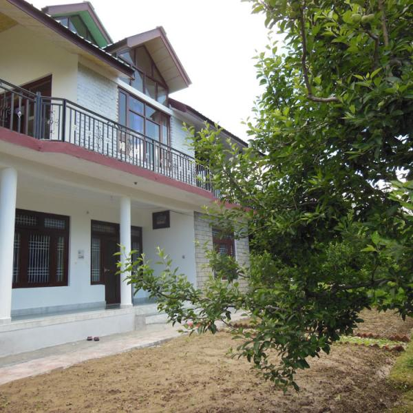 Book Five Bedroom Best Price Holiday Cottage in Manali - Luxury Cottage No.6